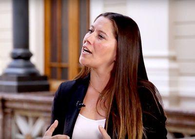 En Palabras Simples – Carolina Alliende habla sobre el abandono de niños y personas